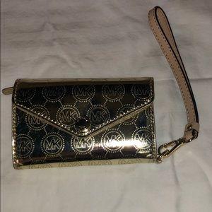 Michael Kors cellphone/wallet wristlet